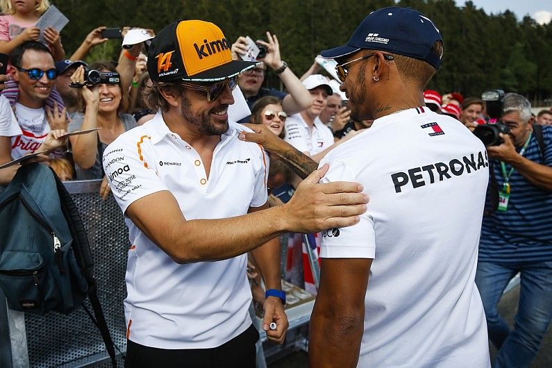 Fernando Alonso a envoyé un SMS à Lewis Hamilton juste après le Grand Prix des États-Unis