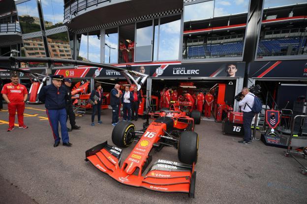 Grand Prix d'Abou Dabi : Lewis Hamilton partira en pole - Nouvelle mésentente entre Charles Leclerc et Sebastian Vettel